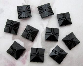 30 pcs. vintage plastic black sew on cabochons 10mm - R68
