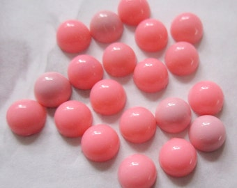 50 pcs. vintage plastic pink cabochons 7mm - f2614