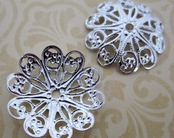 4 pcs. vintage silver tone dapped filigree flowers 26mm - f2645