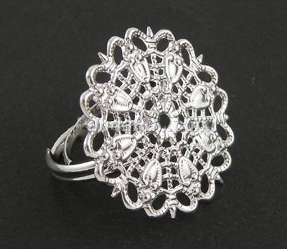 20 Silver Tone Filigree Ring Blanks - Adjustable Ring Bands - Flower Cabochon Findings - 25 mm
