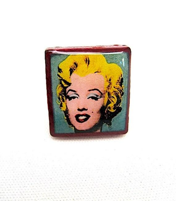 Marilyn Monroe Scrabble Ring -  Vintage Scrabble Tile Ring - pop art Marilyn Monroe - Deluxe Scrabble Tile