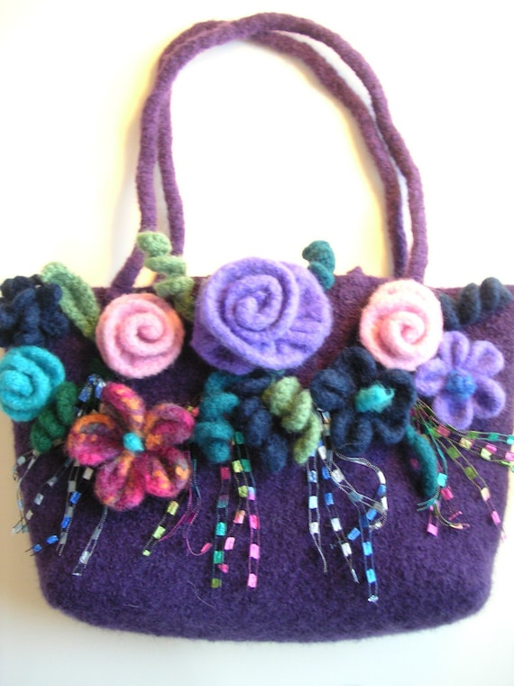 Woolen Crochet Purse : Cast A Spell Bag Pattern PDF Crochet Felt Flower Felted Bag FREE ...