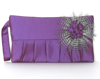 Wristlet clutch  Evening wristlet purple purse Handmade vegan pleated clutch  Party purse Ohristmas gift idea Bridesmaid clutch , fabric bag