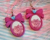 Hot Pink Kittiez Small Cameo Earrings