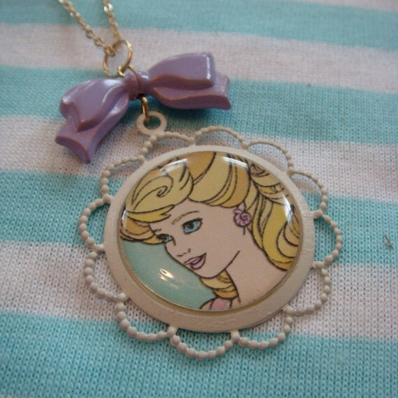 Bouffant Barbie Cameo Necklace