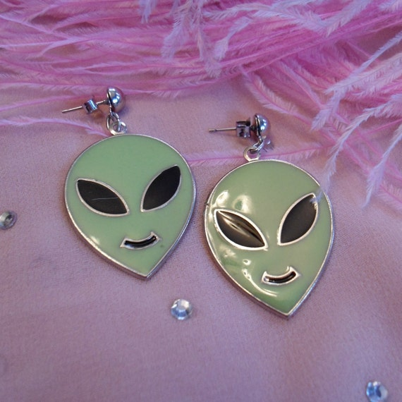 Green Vintage Alien Head Earrings