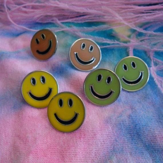 Vintage Smiley Face Earrings Set