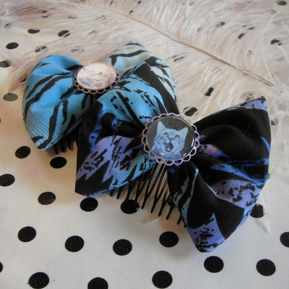 Blue and Black Kitty and Wolf Bow Set