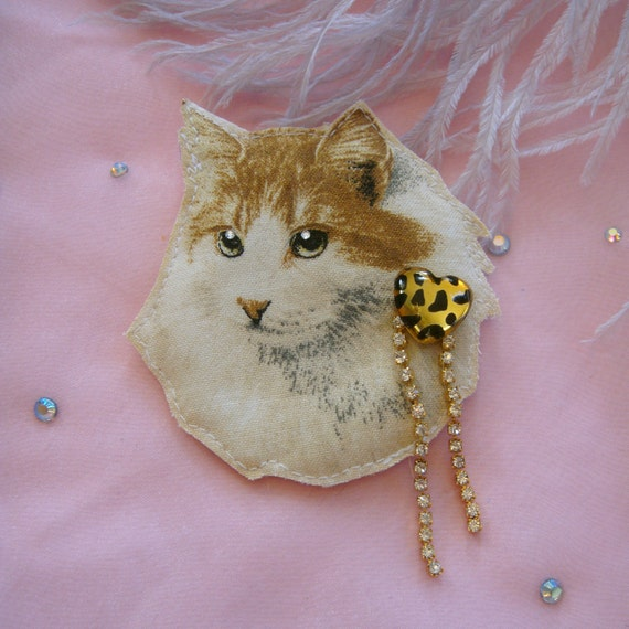 Fluffy Cat Portrait Badge