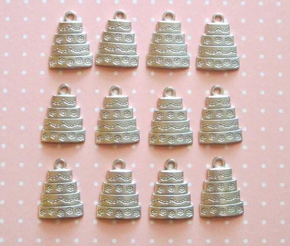 x 12 Simple Silver Metal Wedding Cake Charms