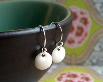 Small White Earrings, Little Earrings, Dot Earring, Round Drop, Dangle Earrings, White Earring, Drop Earrings, Delicate, Snow White, Jewelry