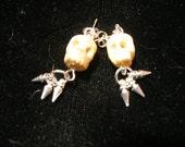 Tis ALWAYS the season for skull earrings - with spikes    paganteam, trashionteam, etsyBead, Halloween24/7, SpookyCute