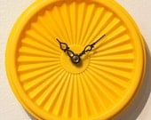 Tupper TIME Top - Yellow Round