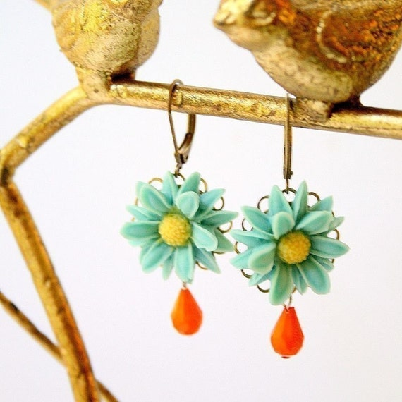 Seafoam Daisy Earrings
