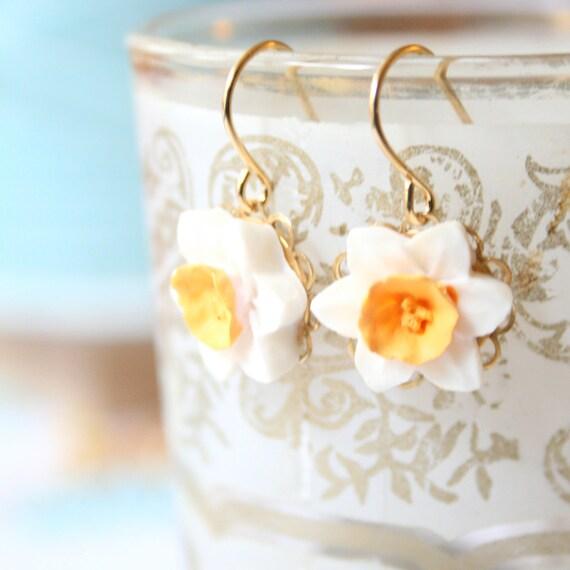 Little Daffodil Dangle Earrings