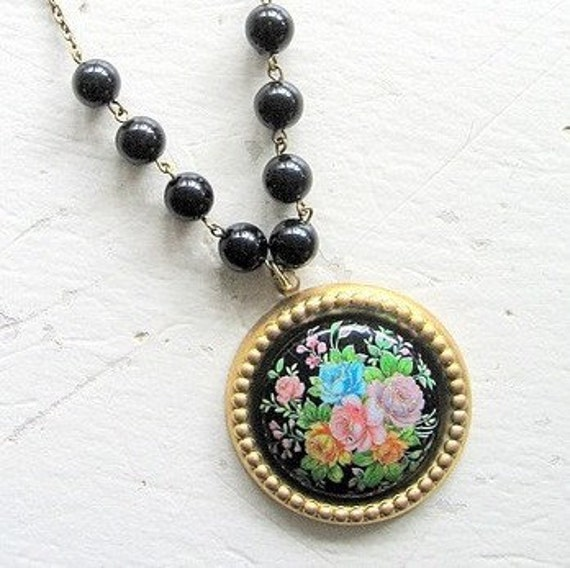 Bloomsbury  SHORT Necklace