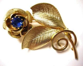 Vintage Gold Flower with Blue Rhinestone Brooch - B19