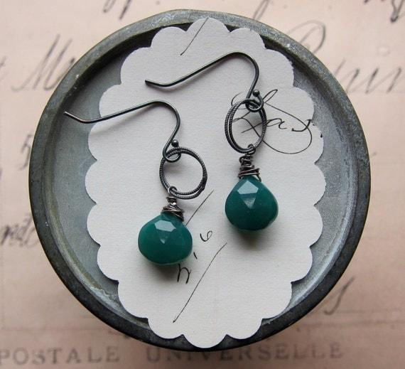 shay earrings - deep green chalcedony sterling silver
