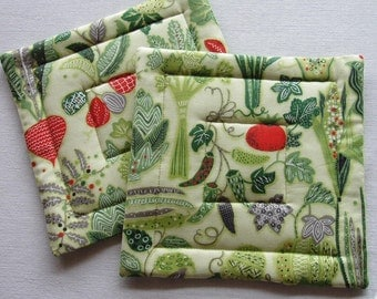 Fresh Veggie Green Pot Holders, Set of 2