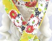 Lanyard Badge Holder with Breakaway Clip Yellow Vintage Bouquet