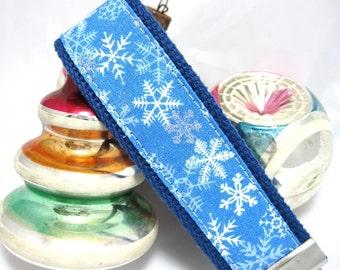 Wristlet Keychain Ice Blue Snowflake