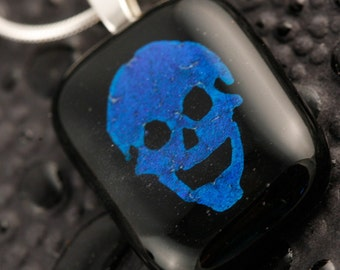 Dichroic Fused Glass Skull Pendant No. 22577