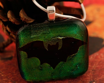 Dichroic Bat Pendant No. 22688