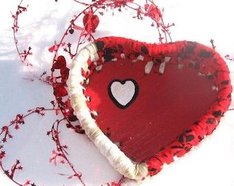 KISSES  little heart shaped BASKET