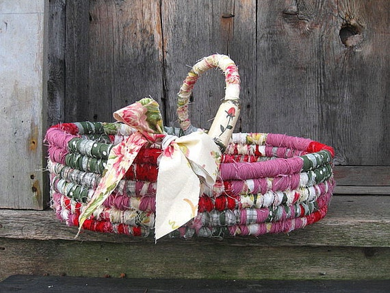 SECRET GARDEN    textile art  tote BASKET