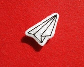 PAPER AIRPLANE felt pin\/patch-small
