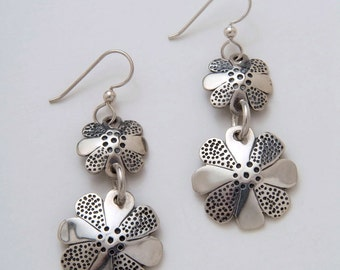 Flower Earrings made from Vintage US Silver Dime and Quarter Coins