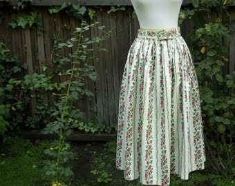 SWISS MISS Vintage 1950's Skirt in Swiss Floral Pattern with Belt