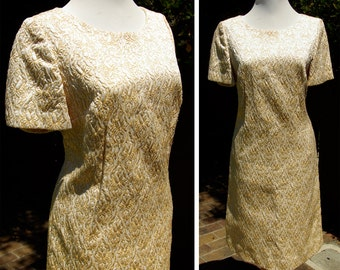 GOLDEN Girl 1950's 60's Vintage Gold Metallic Brocade Dress with Embroidery // size Medium