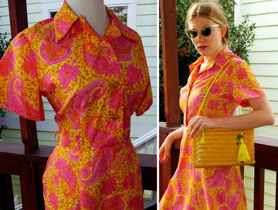 PAISLEY Spring 1960's Vintage Bright Yellow and Hot Pink Paisley Dress with Front Buttons size Medium