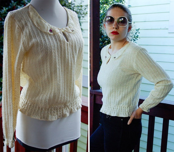 Tea Time 1970's 80's Vintage Cream White Sweater with Embroidered Collar by Sears JR Bazaar