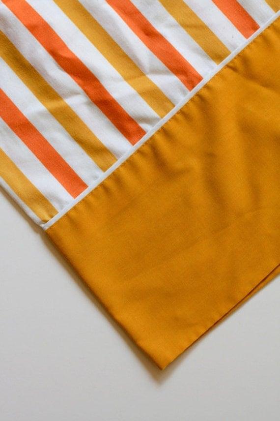 Vintage Standard Pillowcase - Orange Yellow Stripe