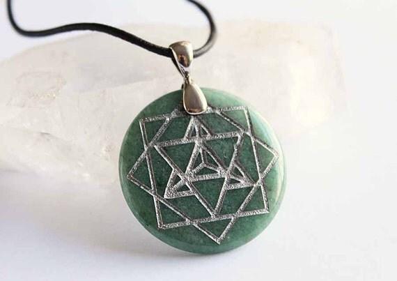 Merkaba - Engraved Stone Pendant - Green Aventurine