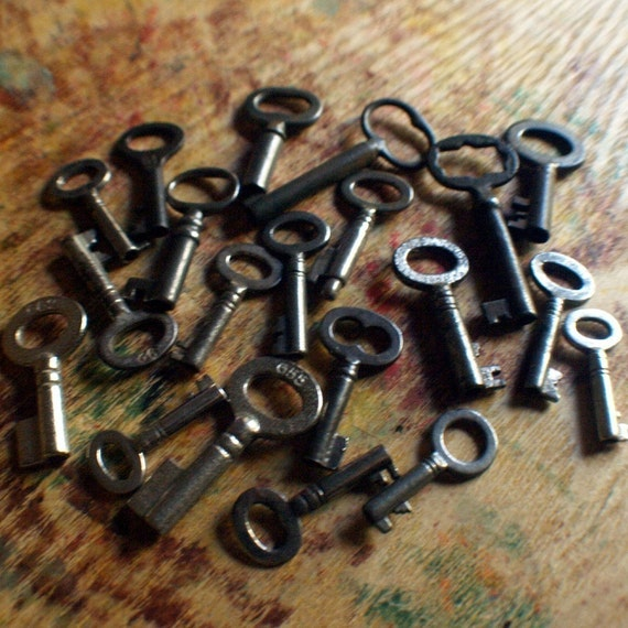 Twenty Antique Skeleton Keys