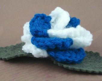 Crocheted Rose Hair Clip - Blue and White (SWG-HC-ZZ02)