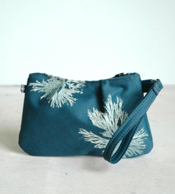 Sophie Wristlet-Steel Blue with white Algae print
