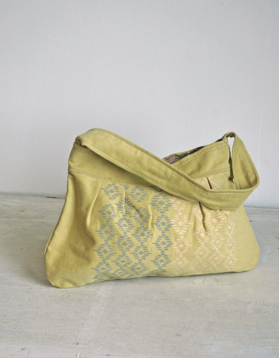 Last Chance Clearance SALE Pale Yellow-lime Natalie Bag with Pacifica Print