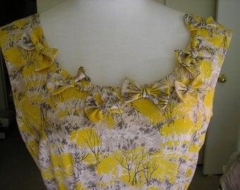 Women's Lovely Cotton Bow Blouse, Size Small/Medium