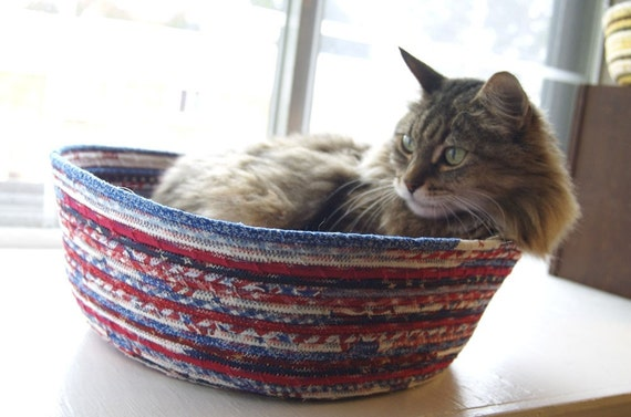 Cuddly cat snuggle bed - Star Spangled Kitty - Red White and Blue