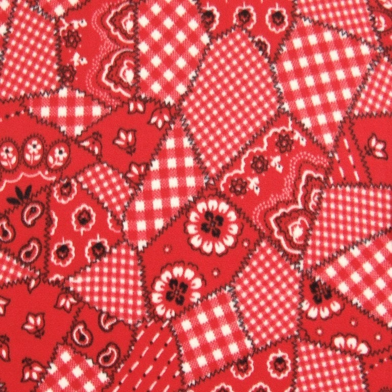 Western Red Bandana Print Fleece No Sew Blanket