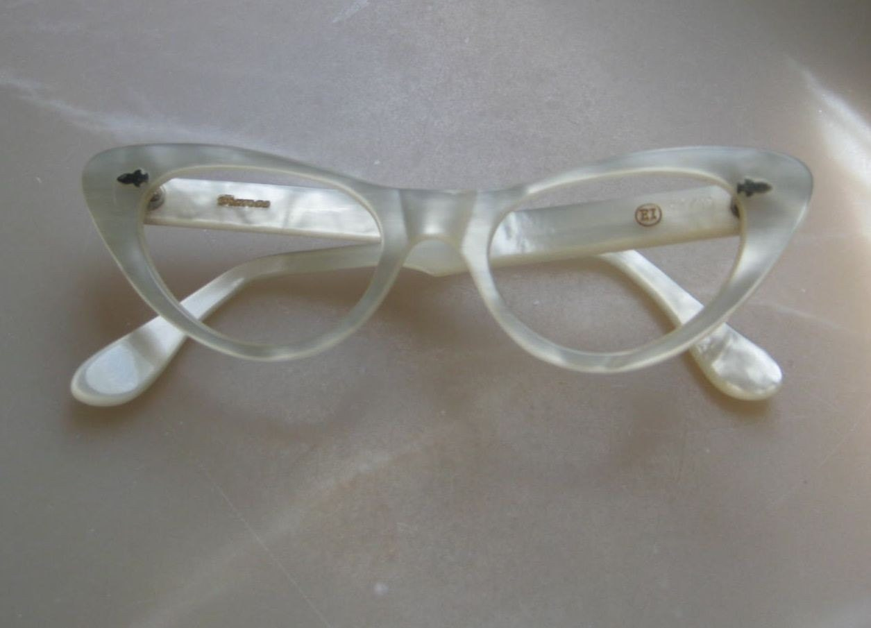 Eyeglass Frames With Pearls : Vintage French 50s 60s White Pearl Cats Eyeglass Frames