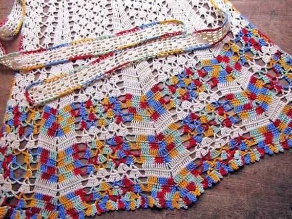 SALE Half Apron, Crochet Ecru Multicolor Variegated, Vintage 1940s