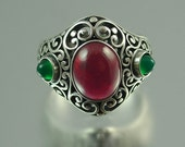 SOGDIANA silver ring with Ruby and Chrysoprase