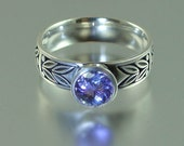 SACRED LAUREL 14K white gold ring with Tanzanite
