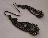 Sihouette Earrings