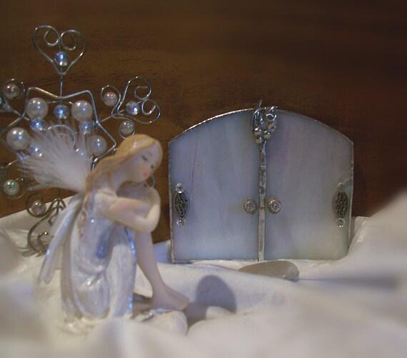 Snow Fairy Door, Glass Garden Art, White Iridescent Stained Glass